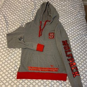 VS PINK NC State Pullover